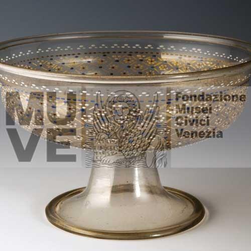 Coppa con foglia d'oro